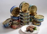 Poisoning with canned food