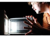 Human exposure to microwave radiation